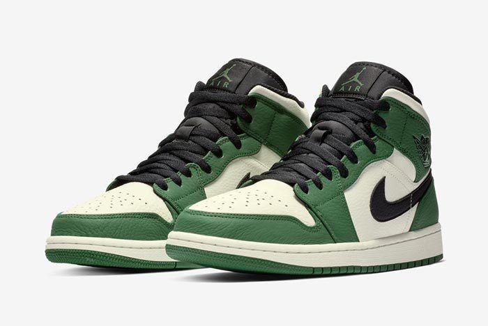 Air Jordan 1 Pine Green 3