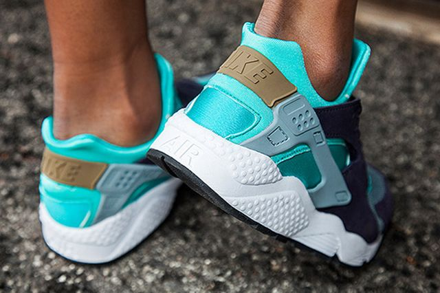 Nike Womens Air Huarache Purple Aqua 3