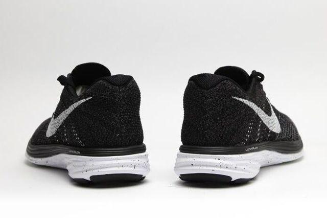 Nike Flyknit Lunar Oreo 2