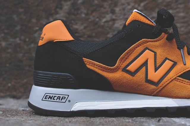 New Balance M577 Orange Black 4