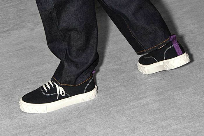 Eytys Canvas Sneaker 1