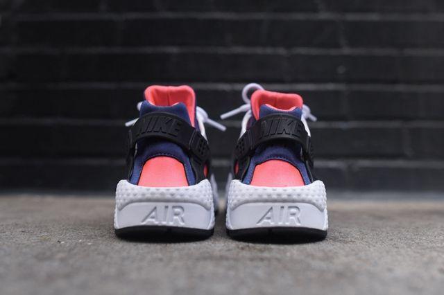 Nike Huarache Legend Blue Hot Lava 1