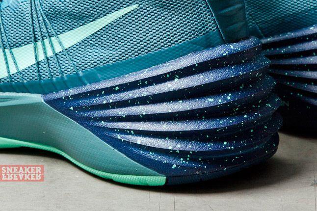 Nike Hyperdunk 2013 Mineral Teal Atomic Pink 6 Det
