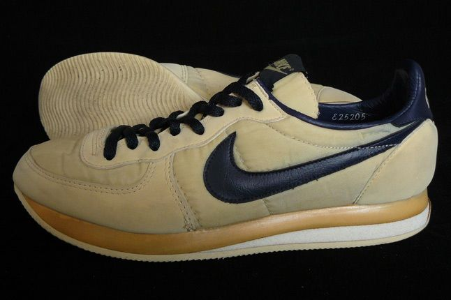 Nike Vintage Mariah 1