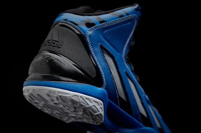 Adipower Howard 3 Blue Heel Detail 1