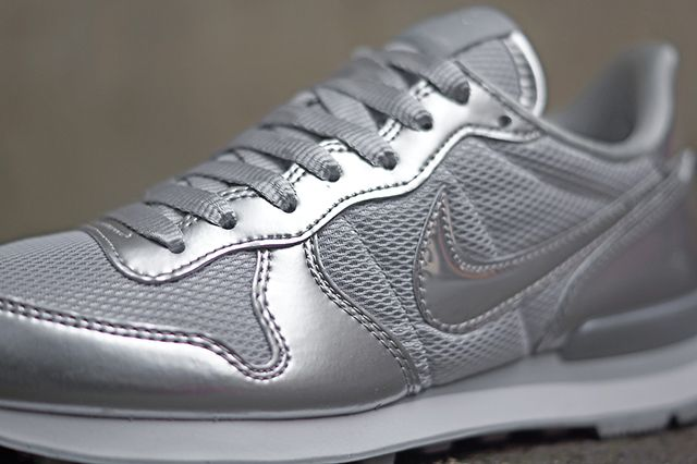 Nike Wmns Silver Pack 3