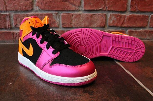 Air Jordan 1 Gs Pink Orange Sole Profile 1