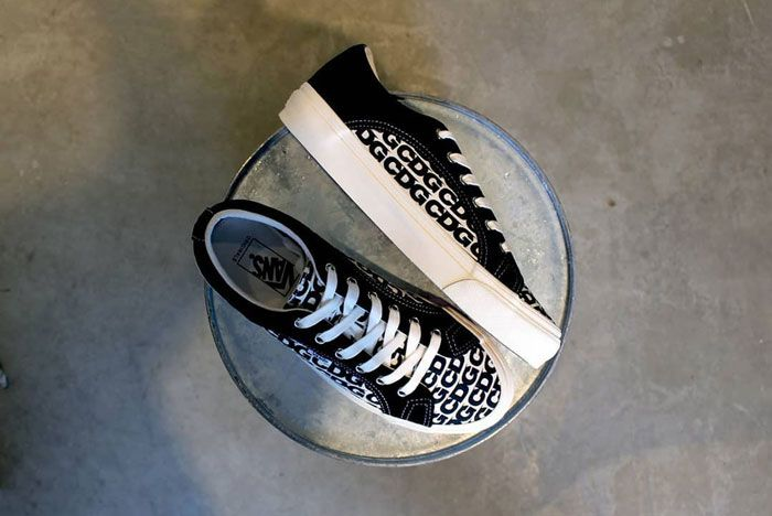 Cgd Vans Lampin Black White Side Top Shot