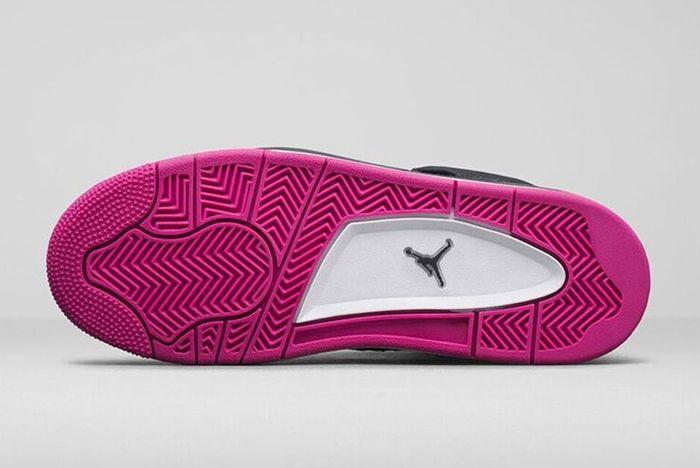 Air Jordan 4 Retro Dark Obsidian Vivid Pink 5