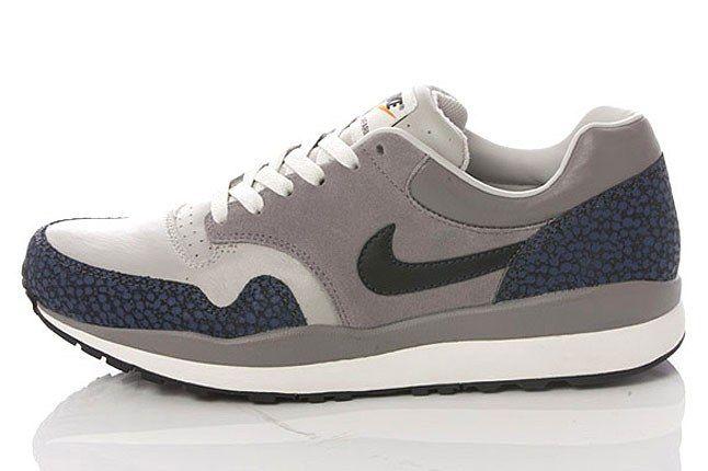 Nike Navy Grey Safari 1