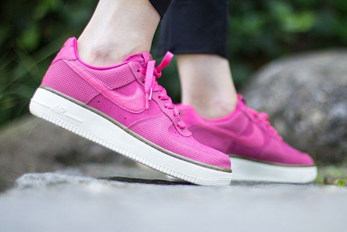 Nike Air Force 1 Low Wmns Pink 3