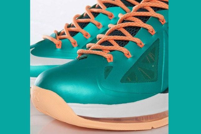 Nike Lebron X Dolphins European Release Laces 1