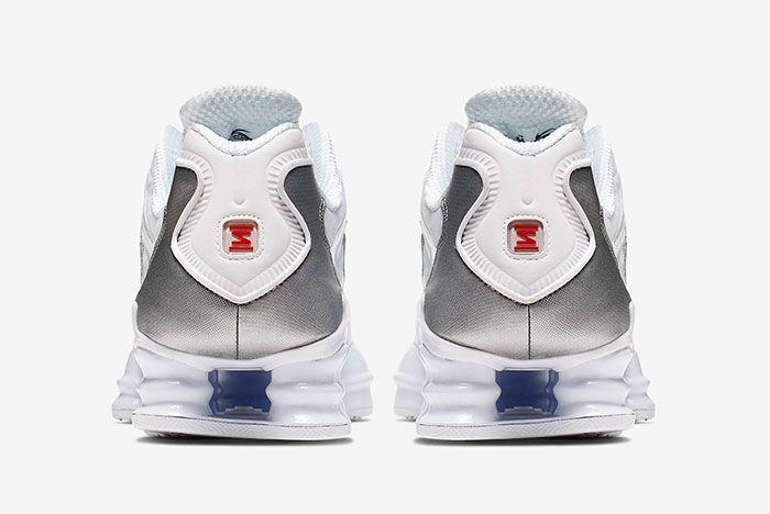 Nike Shoz White Metallic Silver Av3595 100 Heel Shot