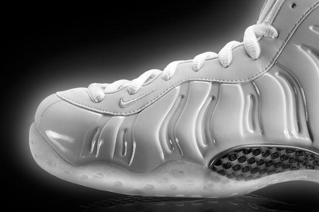 Nike Air Foamposite Whiteice Toe 1