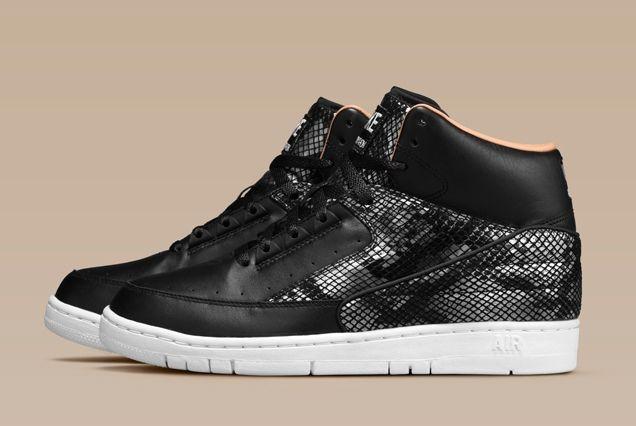 Nike Air Python Lux Black Profile