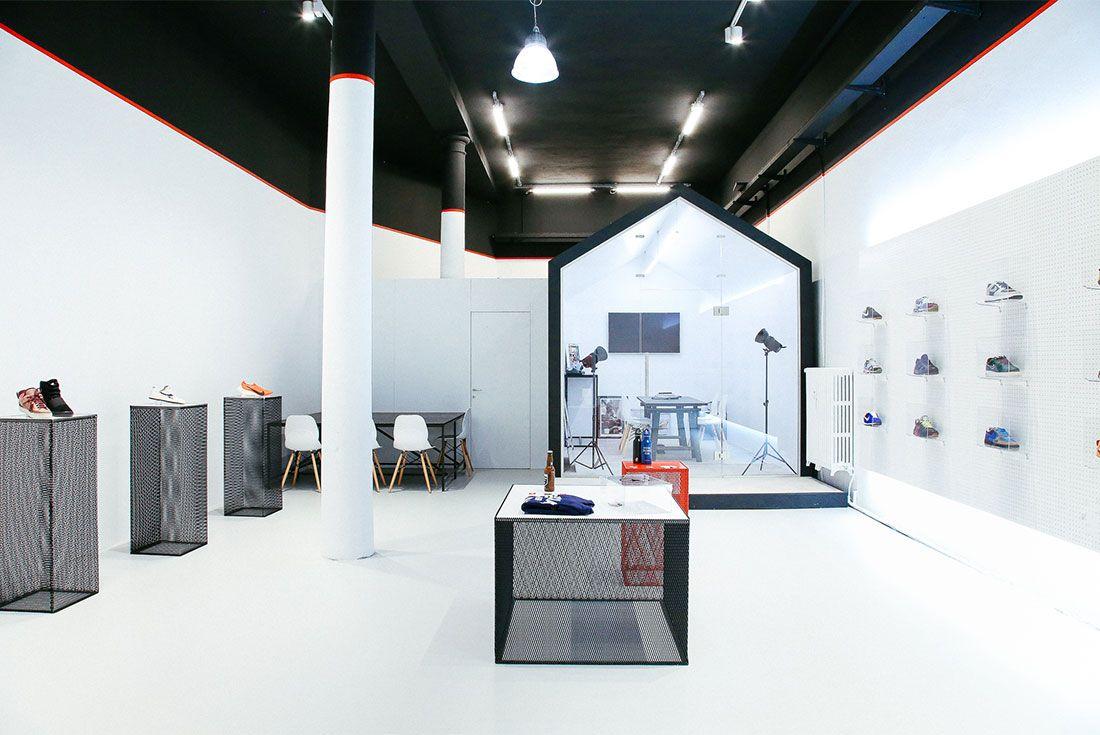Special Sneaker Club Headquarters Milan In Store Shot3