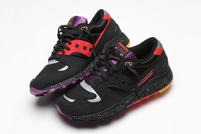 Saucony Azura Lucky 13 Bodega Side Shot