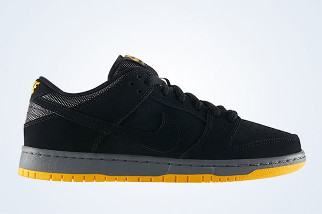 Nike Sb Dunk Low Black University Gold