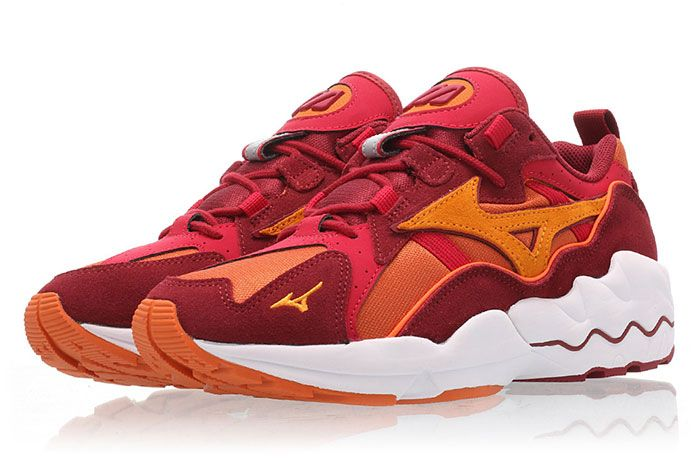 Mizuno Wave Rider 1 Pumpkin Orange Red Front Angle 2