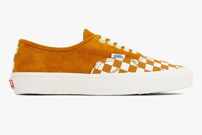 Vans Vault Og Authentic Lx Checkerboard Yellow Lateral Side Shot