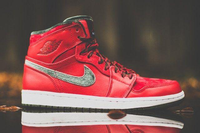 Air Jordan 1 High Og Red Olive 8