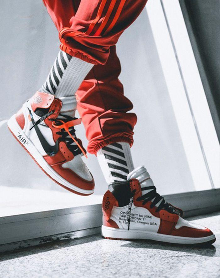 Off White X Air Jordan 1 On Feet6
