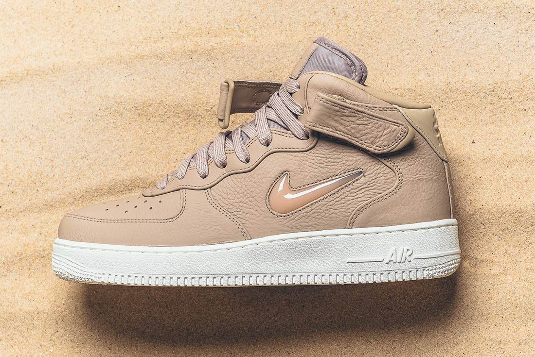 Nike Air Force 1 Mid Jewel Pack 9