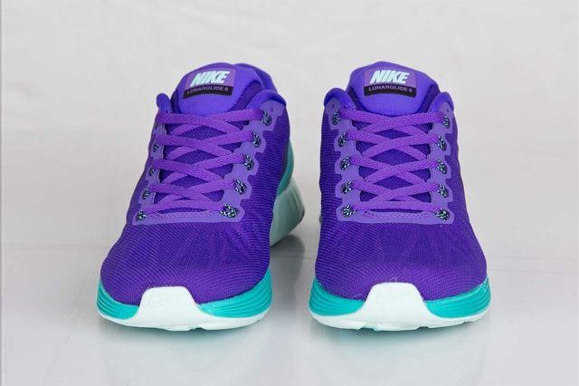 Nike Wmns Lunarglide 6 Hyper Grape 1