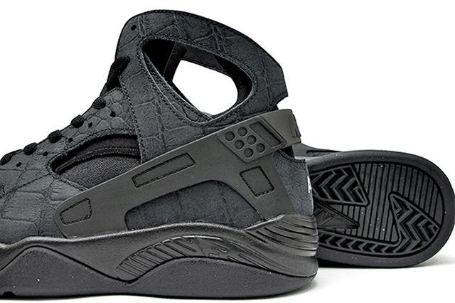 Nike Air Huarache Flight Croc Black2