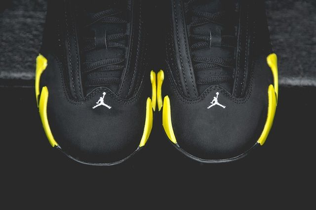 Air Jordan 14 Thunder Bump 5