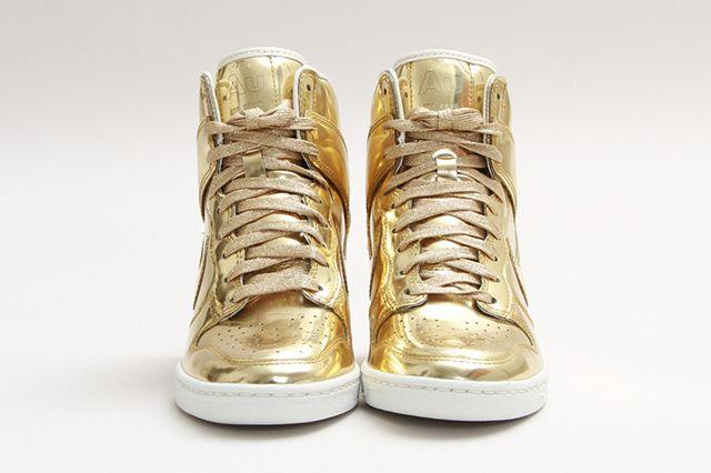 Nike Dunk Sky Hi Sp Liquid Gold 1
