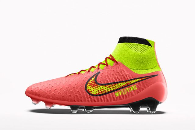 Magista Custom Red Sideview