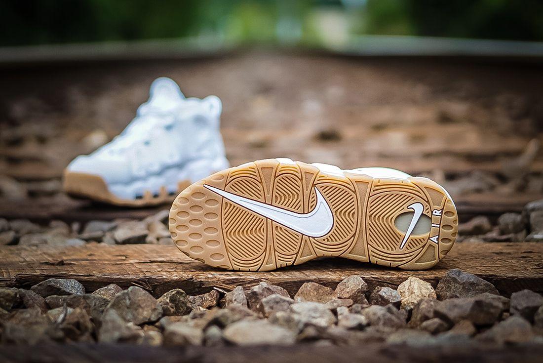 Nike Air More Uptempo ' White Gum'3