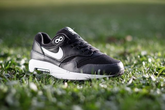 Nike Air Max 1 Gs Black Dark Grey 31