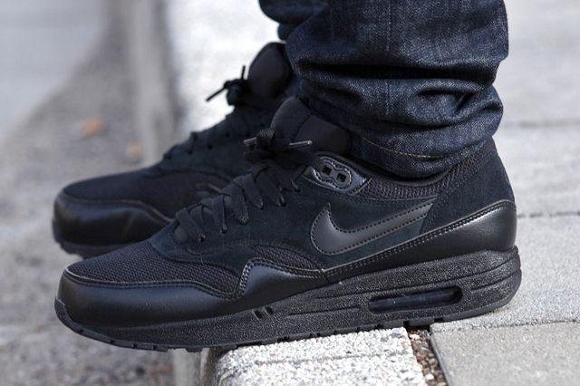 Nike Air Max 1 Essential Black Black B61