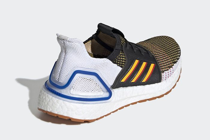 Adidas Ultraboost Core Black Active Gold Scarlet Right Angle Heel Shot