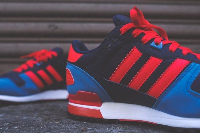 Adidas Zx 700 Navy Blue Red 6