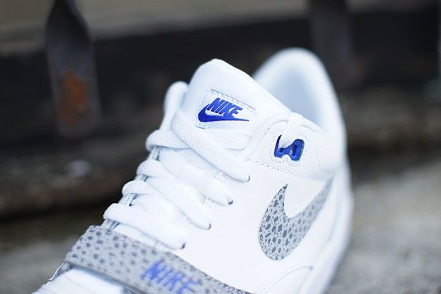 Nike Air Trainer 1 Low St Tongue