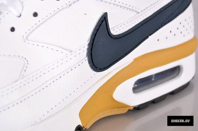 Nike Sportswear Air Classic Bw Armory Navy Midfoot Detail