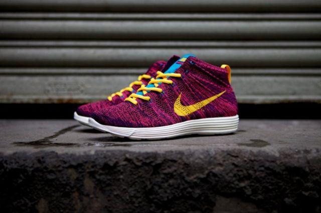Nike Lunar Flyknit Chukka Grand Purple 3