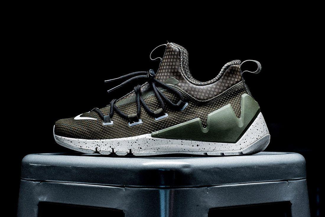 Nike Air Zoom Grade 1