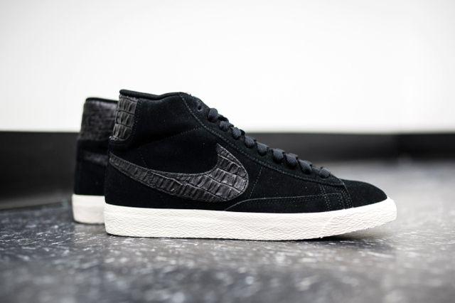 Nike Blazer Mid Black Sail 1