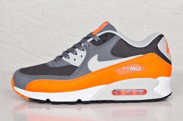 Nike Air Max 90 Anthracite Total Orange 3