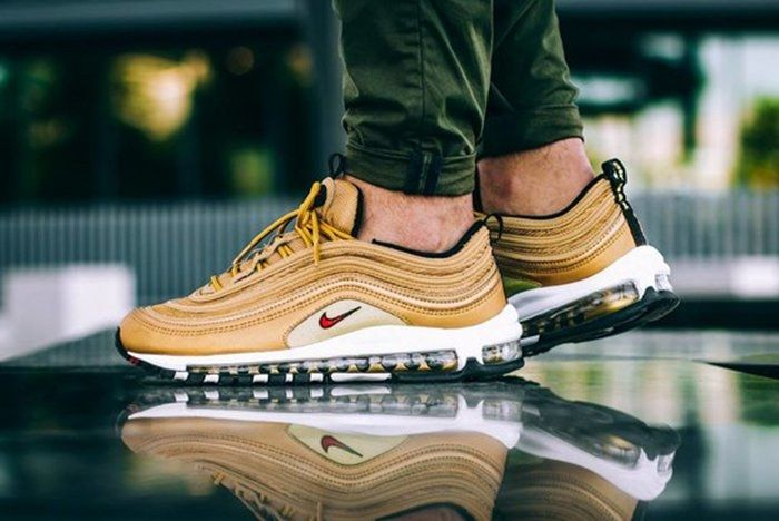 Nike Air Max Metallic Gold Collectionfeature