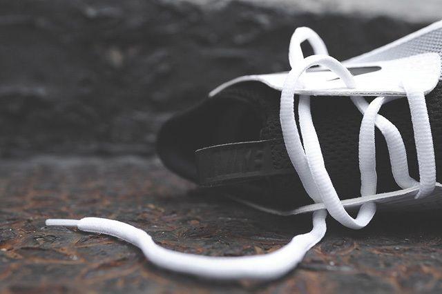 Nike Solarsoft Moccasin White Black 1