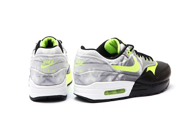 Nike Wmns Roshe Run Air Max 1 Training Pack 4