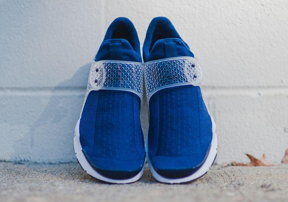 Nike Sock Dart Midnight Navy Available 4