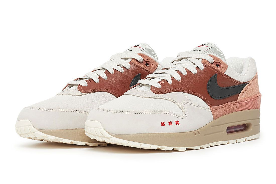 Solebox Nike Air Max 1 Amsterdam 1060935 1114 Lateral Side Shot