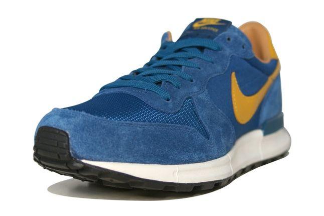 Nike Air Solstice Blue Toe Quarter 1