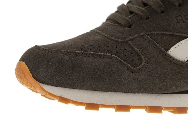 Reebok Classic Leather Suede Grey Toe Detail 1